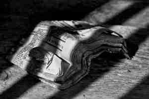Un evento in bianco e nero da raccontare e scrivere all'Enoteca del Roero