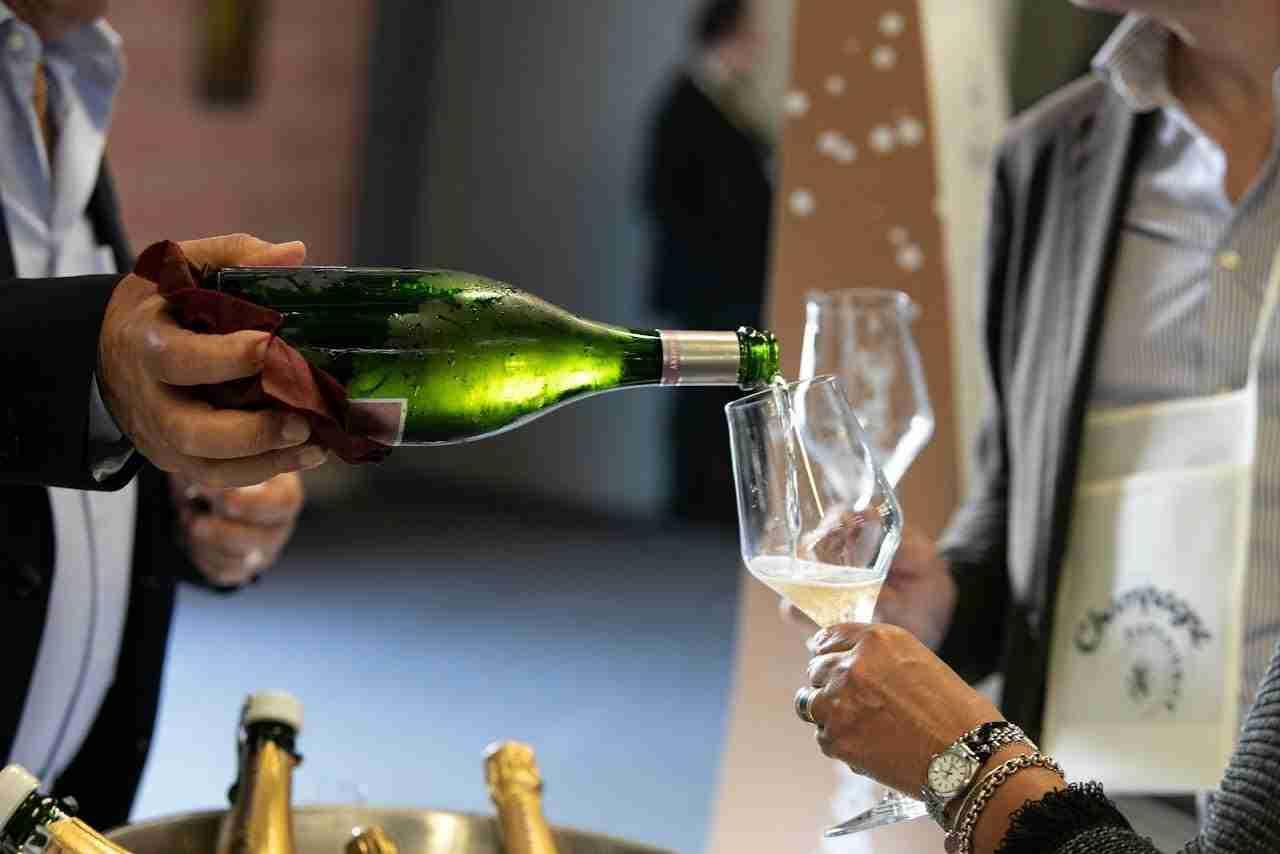 Modena brinda con lo Champagne
